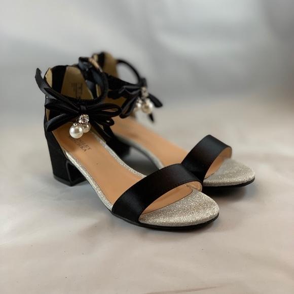 02d7dba0ad6 Badgley Mischka Pernia Embellished Bow Sandal